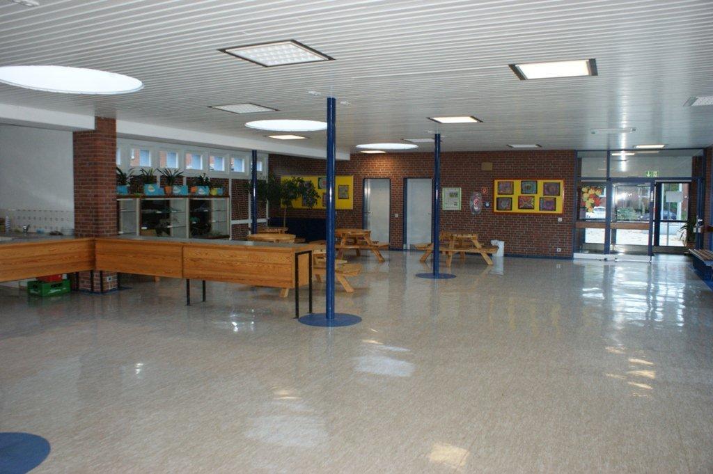 Pausenhalle 1
